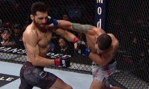 Бойцу UFC выбили челюсть убойным нокаутом за 38 секунд. Видео