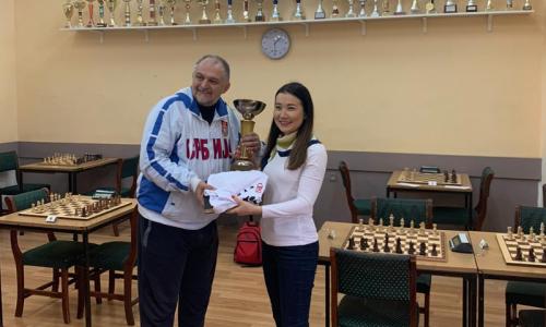 Казахстанская шахматистка досрочно выиграла международный мужской турнир в Сербии