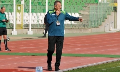 Клуб КПЛ проиграл тяжбу в ФИФА выгнанному со скандалом главному тренеру. Подробности