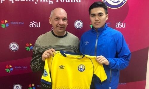 18-летний хавбек продлил контракт с «Алтаем»