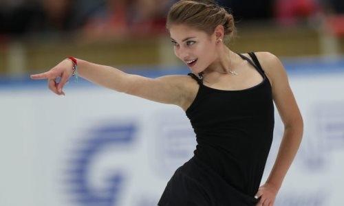 Чемпионка Европы из группы тренера Турсынбаевой восхитила горячим танго на шоу в Москве. Видео