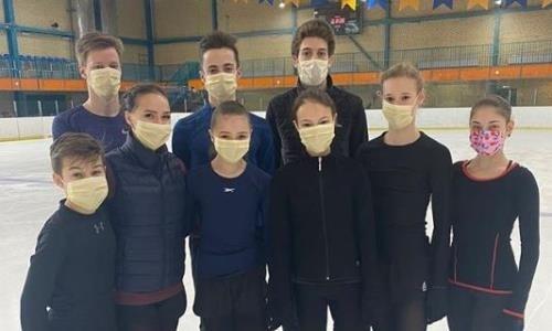 Тренер Турсынбаевой показала, как её ученики тренируются в медицинских масках