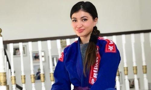Казахстанская спортсменка поделилась историей о девушке, «предсказавшей» появление коронавируса