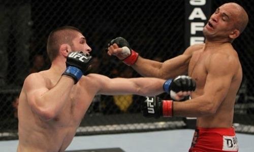 UFC вспомнил яркий дебют Хабиба Нурмагомедова с досрочной победы. Видео
