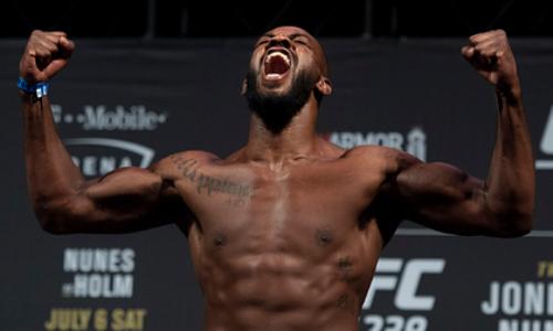 Арестован лучший боец UFC без учета весовых категорий