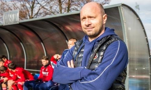 Тренер европейского клуба футболиста сборной Казахстана добился исторического достижения
