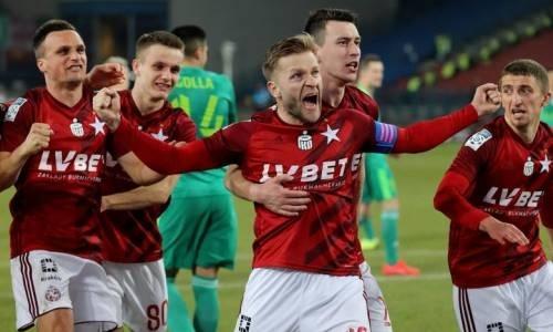 В зарубежной команде игрока сборной Казахстана сократили зарплату всем, кроме одного футболиста. Причина поразительна