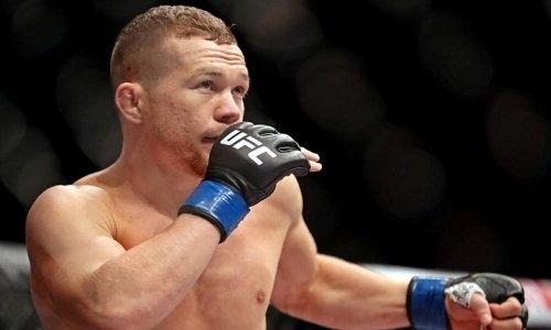 Хедлайнер первого турнира UFC в Казахстане ответил за «очкошника»