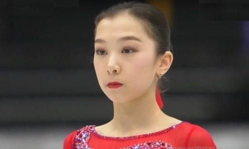 В Сеть попало видео, как Элизабет Турсынбаева играет на скрипке на льду