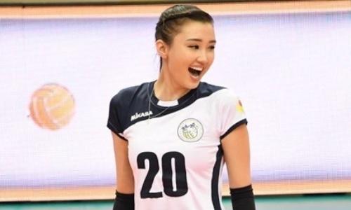 Сабина Алтынбекова исполнила зажигательный танец с партнерами по арабскому клубу. Видео