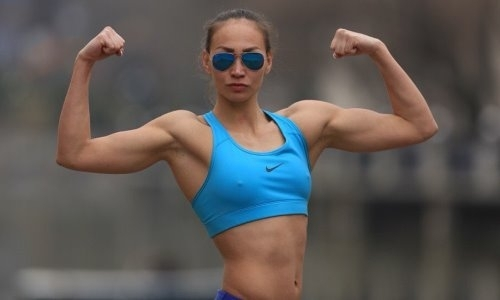 «Бесстыжая!». Казахстанская спортсменка расколола ряды своих фолловеров откровенным фото с киской