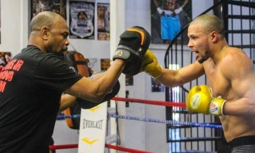 Головкину не поздоровится? Рой Джонс всерьез готовит чемпиона WBA. Видео