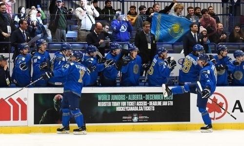 Сборная Казахстана разнесла Германию и сохранила шансы на место в элите МЧМ по хоккею