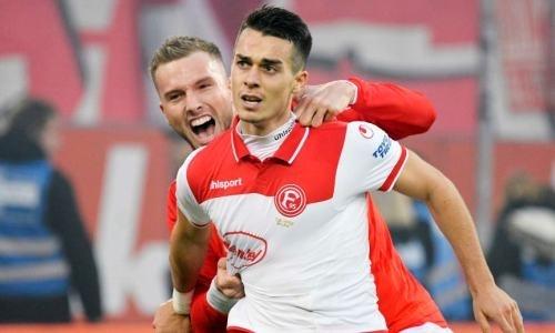Футболист с казахскими корнями забил гол в матче Бундеслиги, но его команда упустила победу в концовке. Видео
