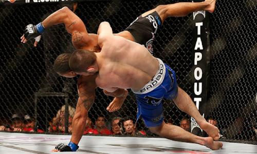 «Просто хватай и бросай». Хабиб Нурмагомедов рассказал о своем рекорде в UFC