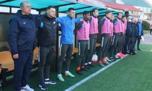 Клуб экс-тренера КПЛ упустил победу на 94 минуте в матче с шестью голами, пенальти и удалением. Видео