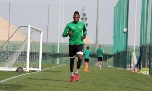 Футболист сборной Нигерии решил покинуть клуб КПЛ и вернуться в «Локомотив»