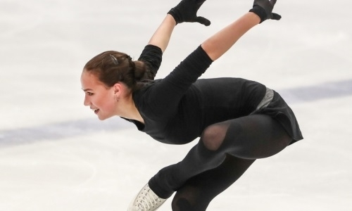 Российская соперница Турсынбаевой показала упражнение для йоги. Видео