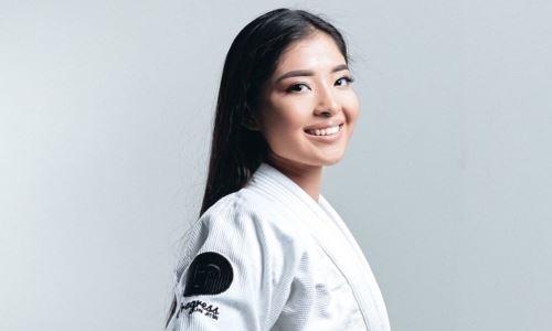 Двукратная чемпионка мира из Казахстана стала героиней рубрики зарубежного СМИ