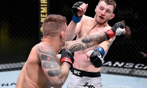 Стал известен срок отстранения Порье и Хукера после главного боя на турнире UFC Вегас 4