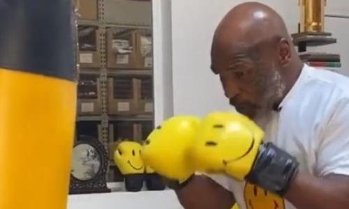 Просто какой-то зверь. Как Майк Тайсон тренируется в свой 54-й день рождения. Видео