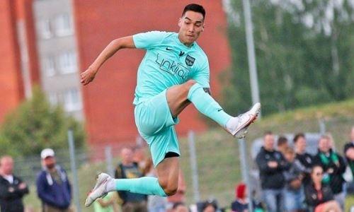 Казахстанский форвард упустил убойный момент для дебютного гола в Европе. Видео
