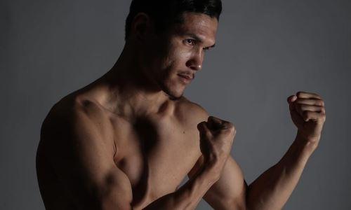 Данияр Елеусинов показал мощное упражнение на турнике. Видео