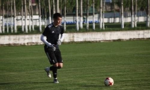 Казахстанский голкипер покинул зарубежный клуб