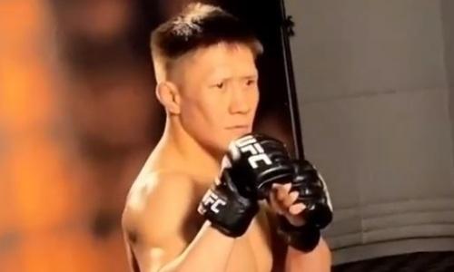 «Шоу маст гоу он». Жалгас Жумагулов поучаствовал в фотосессии перед дебютом в UFC. Видео