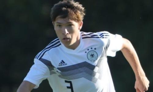 Футболист с казахстанскими корнями может перейти в «Челси» или «Ливерпуль»