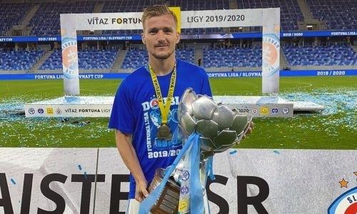 Кандидат в сборную Казахстана похвастался чемпионским трофеем в Европе