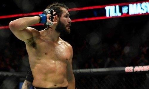 Масвидаль выразил несогласие с решением судей турнира UFC с участием казахстанца Жумагулова