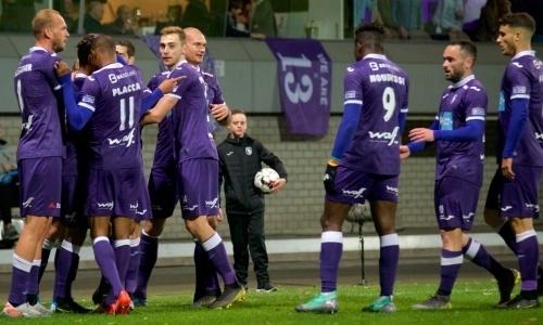 Клуб футболиста сборной Казахстана вышел в Высшую лигу Бельгии