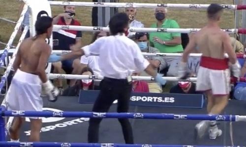 Боксеру нанесли 11 поражение подряд, нокаутировав за секунду до гонга. Видео