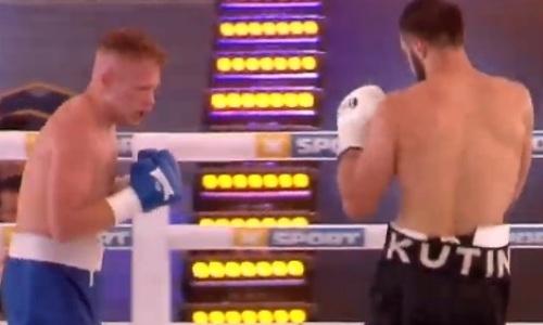 Нокаутер вернулся на ринг спустя полтора года и отгрузил оппоненту серию пушечных ударов в голову. Видео