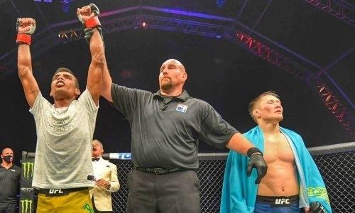 UFC отстранил от работы судей дебютного боя Жалгаса Жумагулова