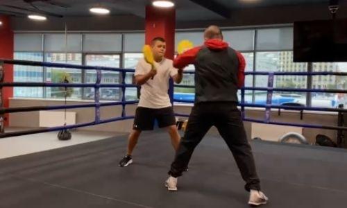 Экс-чемпион WBO готовится к бою с «учеником Поветкина» из Казахстана. Видео