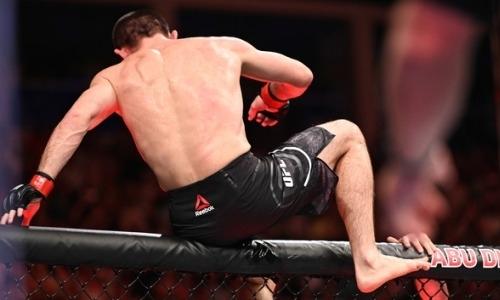 «Я мог бы вообще ноги сломать». Хабиб Нурмагомедов прокомментировал произошедшее после боя с Макгрегором