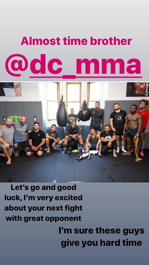 Нурмагомедов обратился к экс-чемпиону UFC перед его поединком