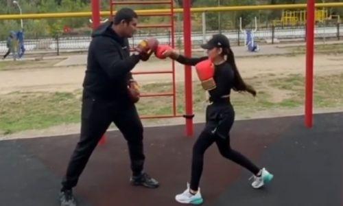 «До GGG еще далеко». Жансая Абдумалик возобновила занятия боксом. Видео