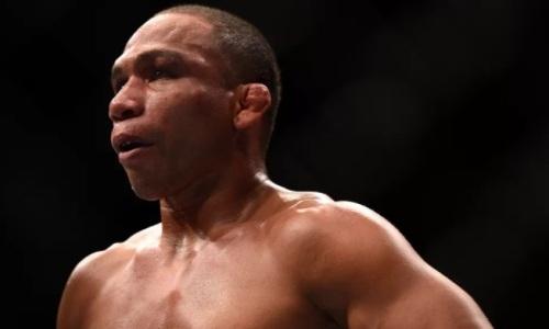 «Я говорил им, что хочу драться с тобой». Уволенный из UFC американец обратился к Жумагулову