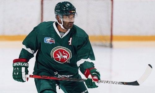 Команда хоккеиста сборной Казахстана выиграла пять матчей подряд перед встречей с лидером конференции КХЛ