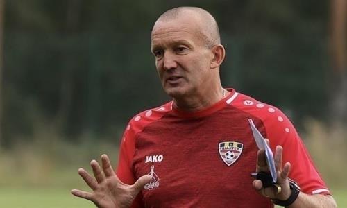 Экс-наставник «Астаны» проиграл со своим новым клубом и уступил лидерство в чемпионате. Видео