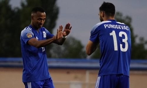 «Тараз» победил «Каспий» благодаря голам легионеров в матче с нереализованным пенальти