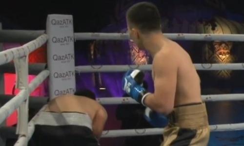 Видео нокаута, или Как 19-летний казахстанский боксер в первом раунде финишировал узбека с 22 победами