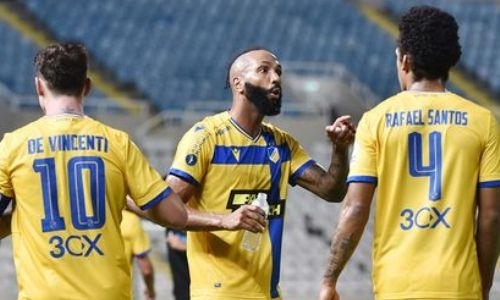 АПОЭЛ после разгрома «Кайсара» со счетом 4:1 только в серии пенальти победил боснийцев в Лиге Европы