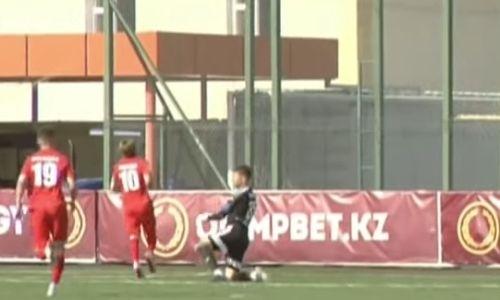 Очередной курьезный гол забит в матче КПЛ. Видео