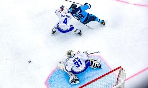 «Лезут и бросают». Найдено объяснение череде неудач «Барыса» в КХЛ