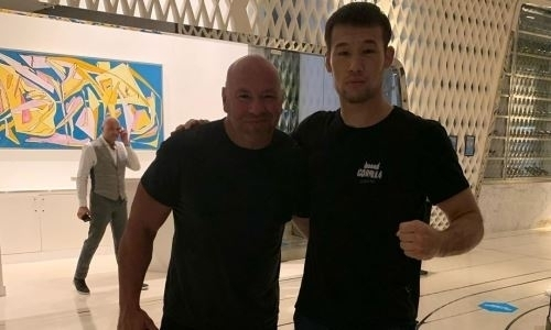 «Может и к поясу подойти». Дебютировавшему в UFC казахстанцу прочат большие перспективы