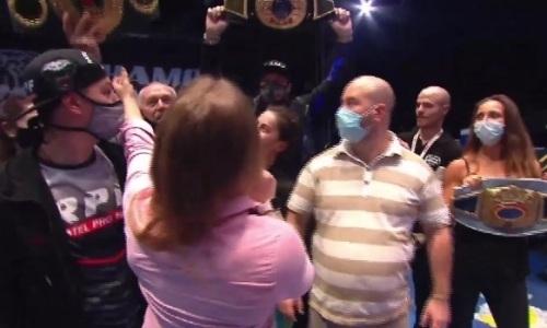 Российская боксерша попыталась выхватить у Шариповой ее пояс и едва не устроила драку. Видео